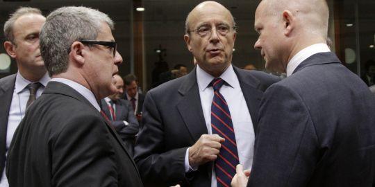 Ministres européens des Affaires étrangères s'entraînant à l'indignation