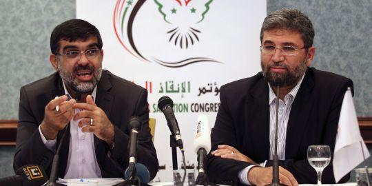 Emadeddine el Rachid (à gauche) : une lecture très personnelles des événements de Homs