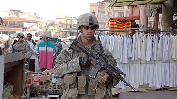 Sur notre photo : guerrier du Droit en mission en Irak