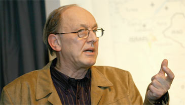 Michel Chossudovsky, un analyste géopolitique qui ne met pas ses analyses dans sa poche