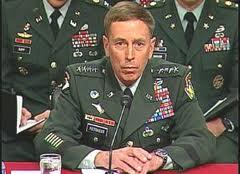 ... et David Petraeus : deux super-généraux américains qui ont eu des ennuis avec les amis américains de l'ami israélien