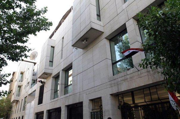 L'ambassade de France : pas la meilleure vitrine du pays en Syrie, ces derniers temps...