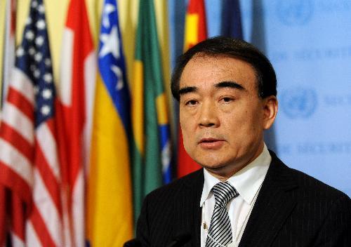 .. et Li Baodong : Alain Jupé leur doit un de ses plus flamboyants échecs