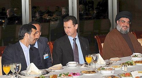 Ahmadinejad, al-Assad et Nasrallah en février 2010 : autant d'amitiés que Sfeir voit brisées dans sa boule de cristal