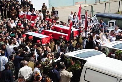 Obsèques de policiers en Syrie