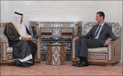 Bachar avec le Premier ministre du Qatar...
