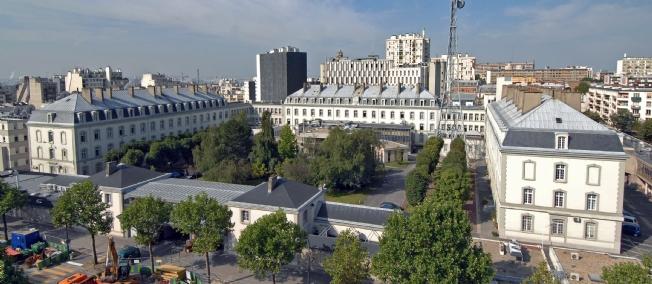 Le siège de la DGSE à Paris : Sarkozy en fait une annexe de la CIA. C'est plus qu'un crime, c'est une faute !