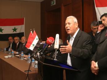 """Entre l'""""honorable"""" - et présentable - professeur Ghalioun...."""