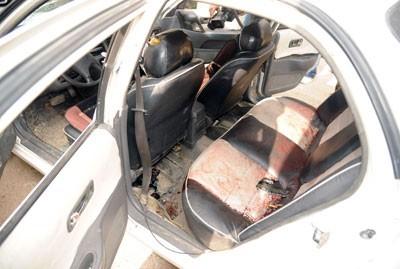 La voiture du général Awad, après le passage des meurtriers
