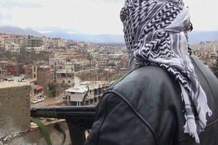 Pour les observateurs de la Ligue arabe, la violence en Syrie c'est lui, le sniper estampillé ASL
