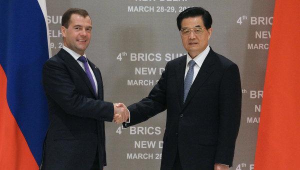Dimitri Medvedev et Hu Jintao à New Delhi, le 28 mars : ils ont sur la Syrie, sifflé la fin de la récréation atlantiste