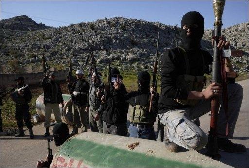 """C'est cette photo qu'utilise l'AFP, et à sa suite nombre de médias français, pour illustrer les """"combats"""" de cette nuit à Mazzé : sauf qu'elle a été prise à Idleb, avant que l'armée n'en chasse les """"combattants"""" de l'ASL"""