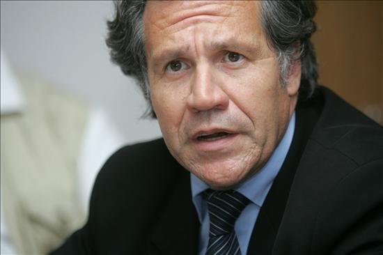 Ruy Nunes Pinto Nogueira, chef de la diplomatie brésilienne...