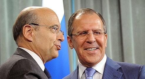 Juppé et Lavrov à Moscou, l'été dernier : aujourd'hui, le premier rit jaune