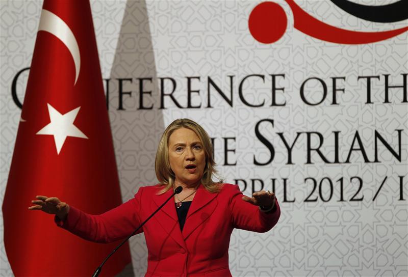 Qui peut croire, de vous à nous, que cette femme, et le pouvoir qu'elle représente, veut le bonheur et la dignité des Syriens, et des Arabes en général ?