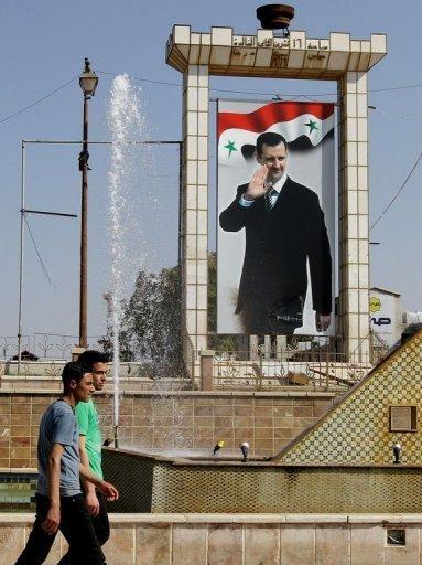 Une rue de Deraa, au tout début des troubles, en mars 2011 : le pouvoir, en retirant ses troupes, a pris un risque très calculé