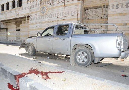 Pour Ban Ki-moon, au fond, les deux officiers syriens abattus dans cette voiture mardi 24 avril à Damas n'existent pas vraiment...