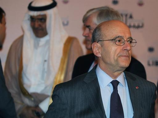 Juppé chez ses amis et complices du Qatar, en avril 2011, quand tous travaillaient activement au bonheur des Libyens